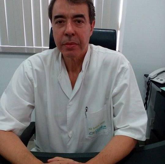 Docteur Hedi Saya - Chirurgien ophtalmologue Tunisie